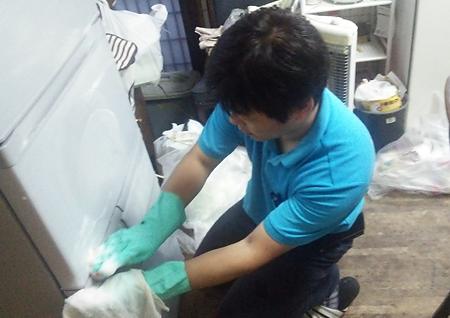 空き家の電化製品なども清掃